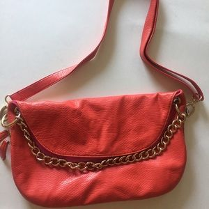 Crossbody deux lux purse with chain