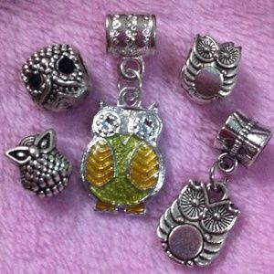 Jewelry - Lucky owl spacer Tibetan Silver charm set