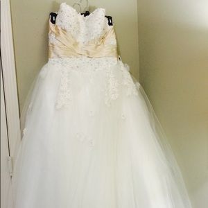Wedding gown SOLD