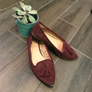 Report pointed toe flats