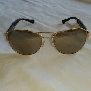 54cbb86aec619 Coach Accessories - Coach HC 7059 Sunglasses Style  92385A NWT