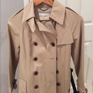 Banana Republic Trenchcoat