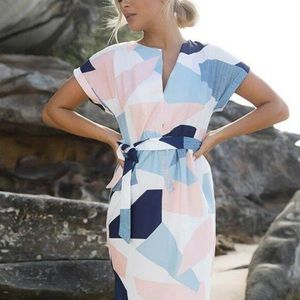 Dresses & Skirts - Geometric dress