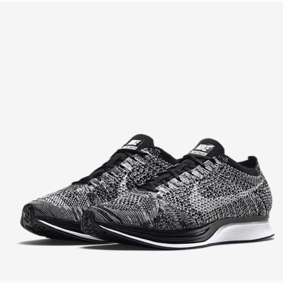 Zapatos Nike Unisex Oreo 10 Flyknit Corredores Hombres Mujeres 10 Oreo Poshmark 85 f40350