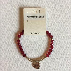 Jewelry - NWT Sweet Stretch Heart Dangle Bracelet