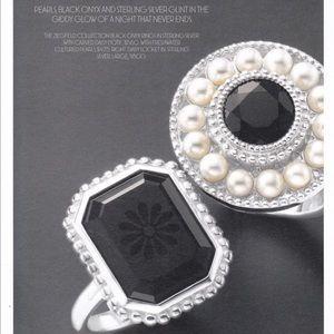18943f177e25b Authentic Tiffany Silver Onyx Daisy Ring Size 7.5