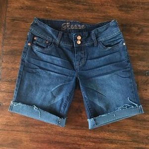 Delia's Reese Jean Shorts NWOT