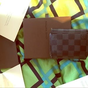 Louis Vuitton Men Tri-fold Wallet