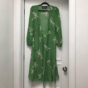 ce4fc5a84762 Reformation Dresses - REALISATION PAR Violette dress in green floral S