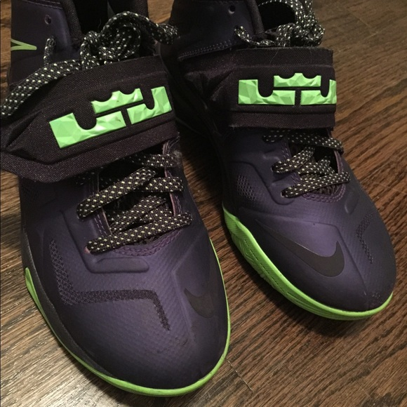 Nike Shoes | Lebron James Purple And