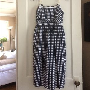 New medium mimi maternity checkered dress