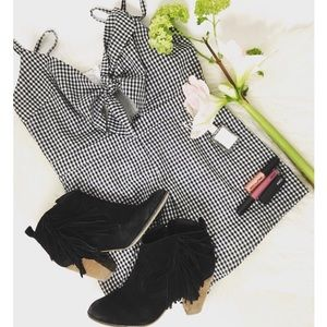 🆕 Gingham Cutout Front Tie Romper