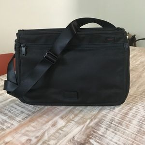 Black Laptop Brief