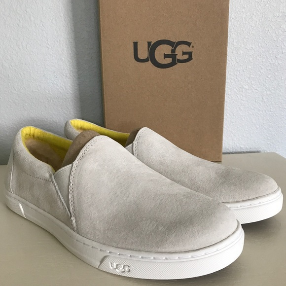 e1bb03753b7 Sale 💙 UGG Water Lily Kitlyn Slip On Shoes NWT