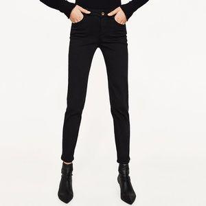 New 2017 Zara Black Stretch & Recovery Jeans Sz 4