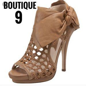 Boutique 9