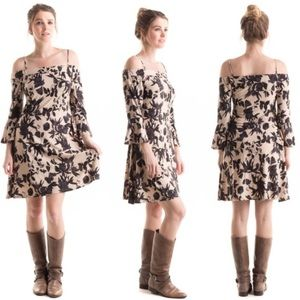 Dresses & Skirts - Bell Sleeve Floral Printed Dress