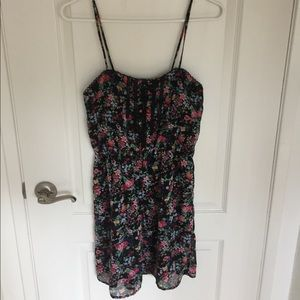 EUC Delicate Forever 21 Belted Floral Dress