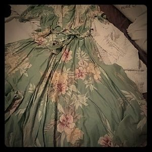Antara vintage dress green floral with shoulder pa