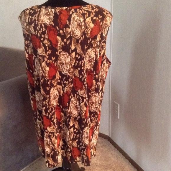MAGGIE BARNES Tops - Autumn Colors camisole & long sleeve top set.