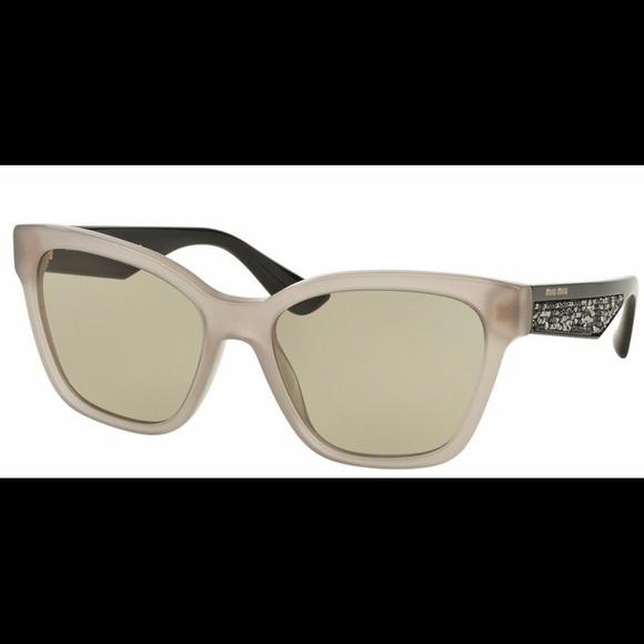 7623f6dd67 Miu miu smu06r sunglasses. M 597402e1680278691e003ea0