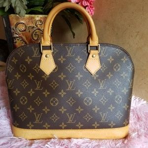 AUTHENTIC Louis vuitton ALMA Pm monogram canvas