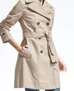 🍌Banana Republic belted Mac tan Trench Coat