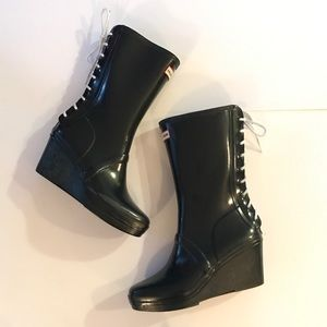 • HUNTER • verbier lace up wedge boots