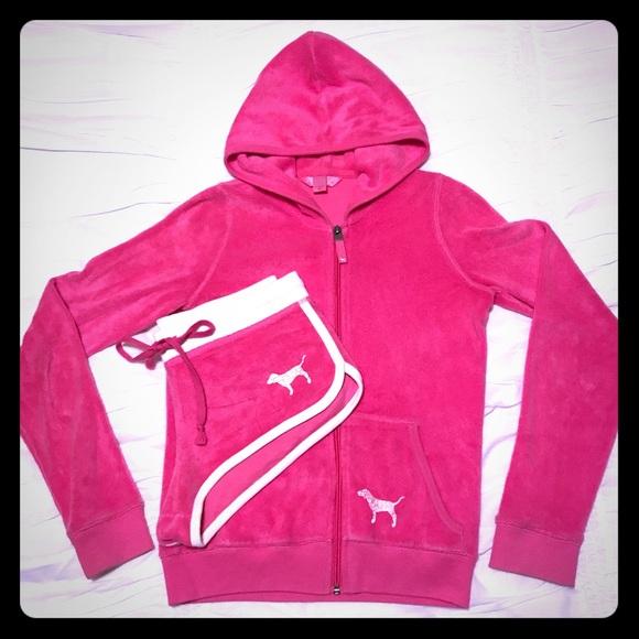 962fac4fc623 ... Victoria Secret Pink Hoodie & Shorts. M_597418b0b4188e428d00d339