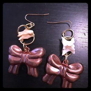 Jewelry - Bone copper bow earrings