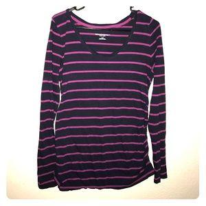 Large Liz Lange maternity shirt