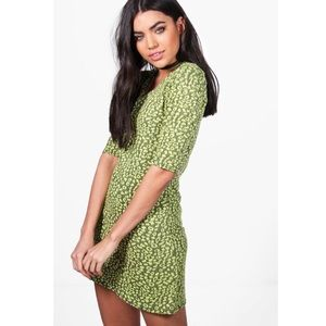 Boohoo Stassy Cap Sleeve Shift Dress in Lime