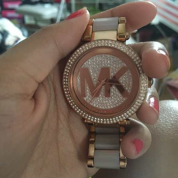 MK Parker Pavé Rose Gold Tone Watch. MK 6176