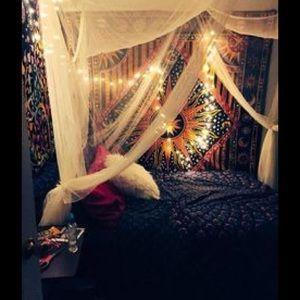 Nicole Valdez's Closet (@nicocacola21) | Poshmark