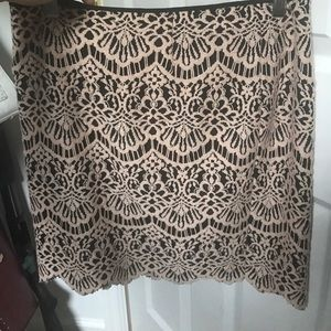 Lace skirt. Size small