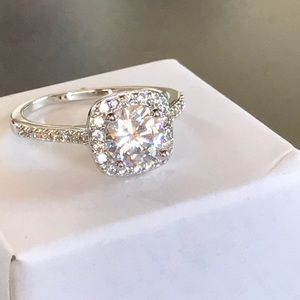 Sterling silver filled white sapphire ring 7