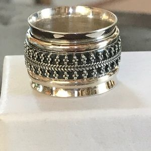 Sterling 925 wide spinner ring 3 bands size 7