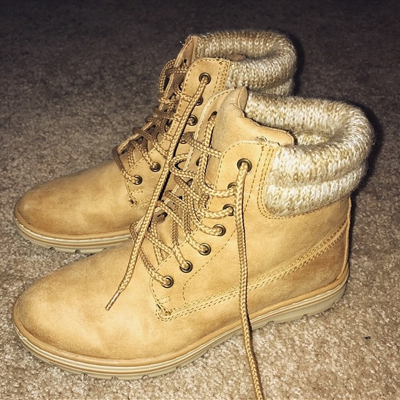 92a9470b035 M_5979634f4e95a37f9f007c46. Other Shoes you may like. Timberland boots