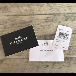 Coach bags bnwt limited edition disney card holder poshmark coach bags bnwt limited edition coach disney card holder colourmoves