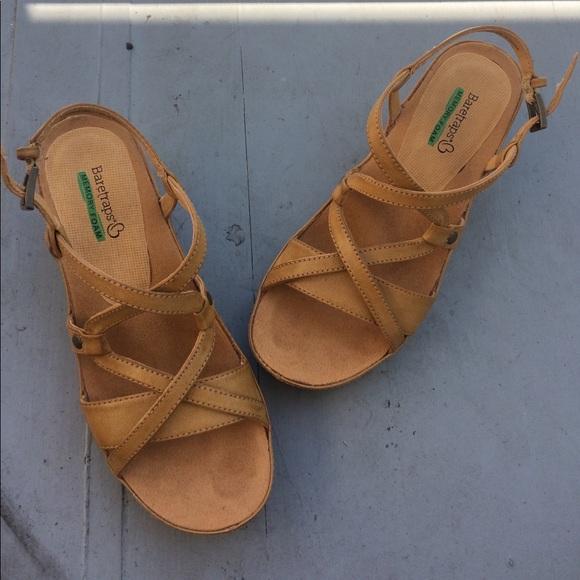 Baretraps Memory Foam Sandals