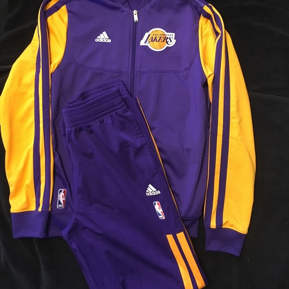 04722b068867 ... Lakers Warm Up Suit. M 5974dd836a583073c602ed85