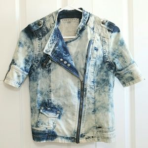 GUESS Top Moto Style Front Acid Washed