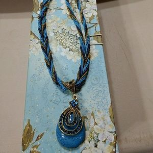 Jewelry - Blue and gold necklace nwot