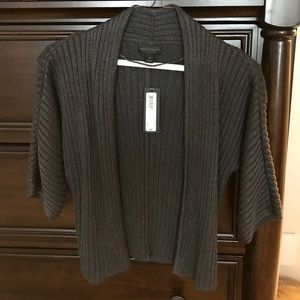 3/4 charcoal sweater