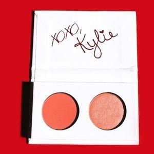 Kylie Cosmetics Valentine Kiss Me Set