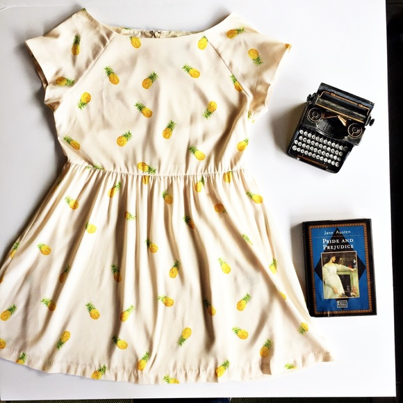 5cccd0772ed266 Asos Dresses & Skirts - ASOS pineapple print skater dress short sleeve 10