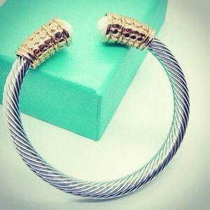 DY inspired bracelet