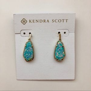 Kendra Scott Camelia Earrings in Kyocera Opal