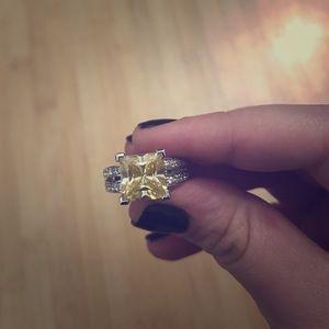 Yellow Park Lane Ring