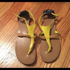 GAP neon and tan sandals